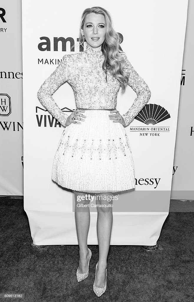 Actress Blake Lively attends the 2016 amfAR New York Gala at Cipriani Wall Street on February 10, 2016 in New York City.