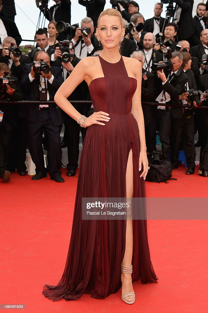 Actress <a gi-track='captionPersonalityLinkClicked' href=/galleries/search?phrase=Blake+Lively&family=editorial&specificpeople=221673 ng-click='$event.stopPropagation()'>Blake Lively</a> attends the Opening Ceremony and the 'Grace of Monaco' premiere during the 67th Annual Cannes Film Festival on May 14, 2014 in Cannes, France.