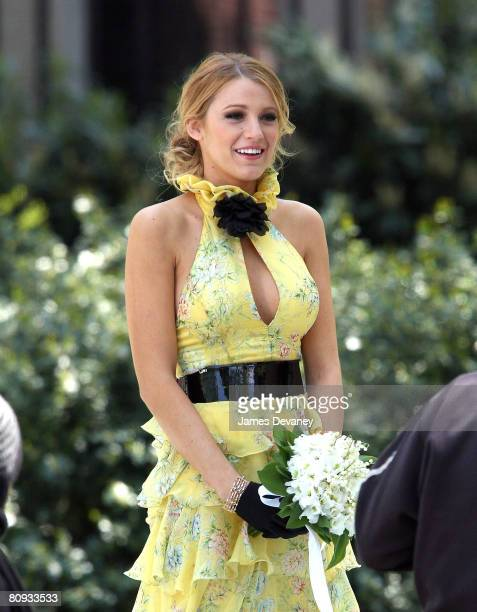 Actress Blake Lively films on the set of 'Gossip Girl' on April 30 2008 in New York City