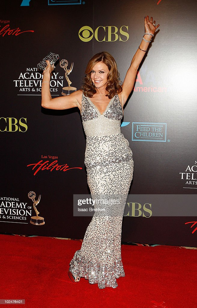 Actress <a gi-track='captionPersonalityLinkClicked' href=/galleries/search?phrase=Bobbie+Eakes&family=editorial&specificpeople=663795 ng-click='$event.stopPropagation()'>Bobbie Eakes</a> arrives at the 37th Annual Daytime Entertainment Emmy Awards held at the Las Vegas Hilton on June 27, 2010 in Las Vegas, Nevada.