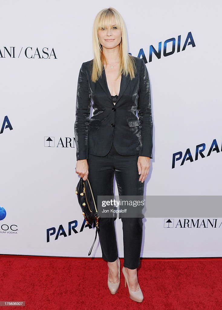 Actress <a gi-track='captionPersonalityLinkClicked' href=/galleries/search?phrase=Bonnie+Somerville&family=editorial&specificpeople=239193 ng-click='$event.stopPropagation()'>Bonnie Somerville</a> arrives at the Los Angeles Premiere 'Paranoia' at DGA Theater on August 8, 2013 in Los Angeles, California.
