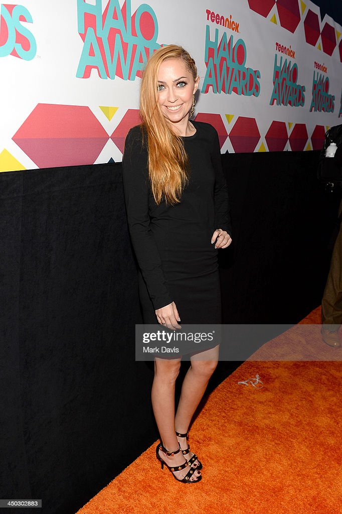 Actress <a gi-track='captionPersonalityLinkClicked' href=/galleries/search?phrase=Brandi+Cyrus&family=editorial&specificpeople=4375428 ng-click='$event.stopPropagation()'>Brandi Cyrus</a> arrives at the 5th Annual TeenNick HALO Awards at Hollywood Palladium on November 17, 2013 in Hollywood, California.
