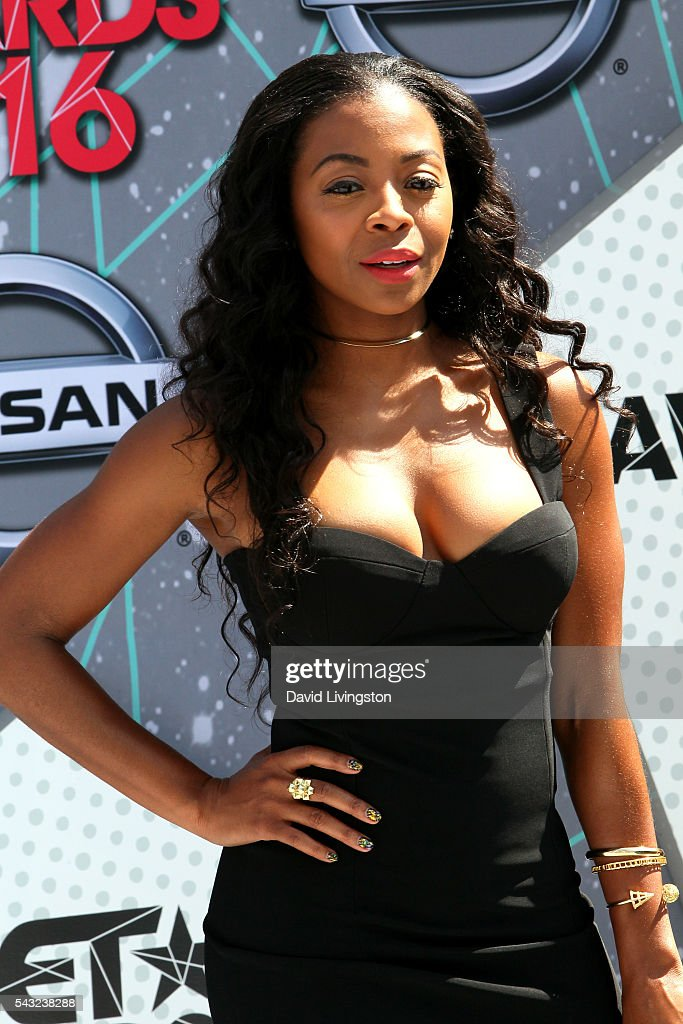 Actress <a gi-track='captionPersonalityLinkClicked' href=/galleries/search?phrase=Bresha+Webb&family=editorial&specificpeople=5460613 ng-click='$event.stopPropagation()'>Bresha Webb</a> attends the 2016 BET Awards at Microsoft Theater on June 26, 2016 in Los Angeles, California.
