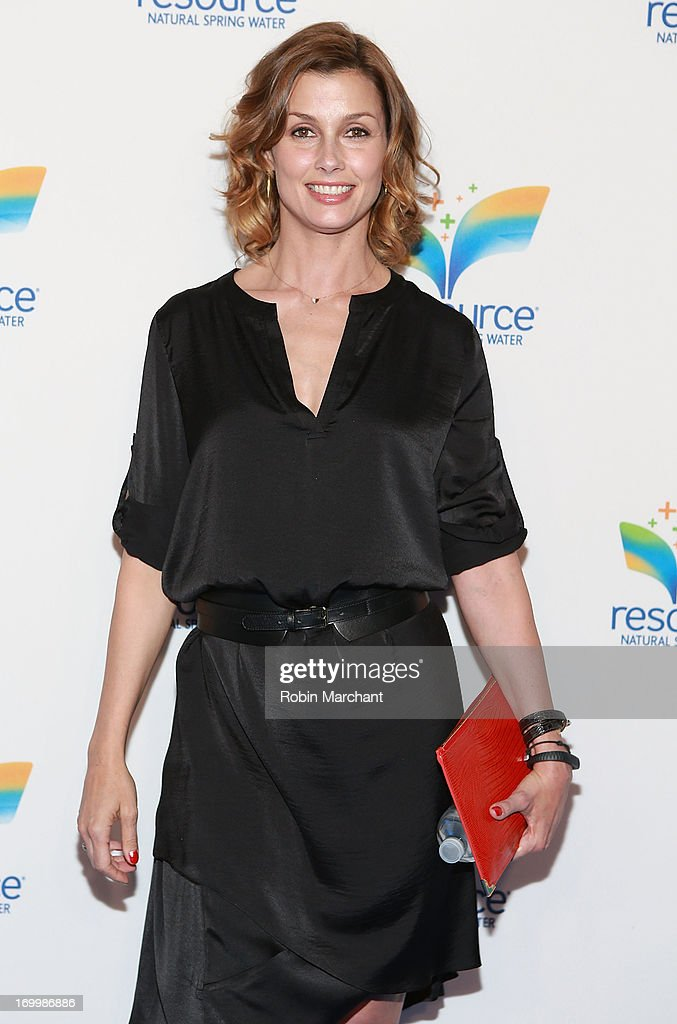 Actress <a gi-track='captionPersonalityLinkClicked' href=/galleries/search?phrase=Bridget+Moynahan&family=editorial&specificpeople=204689 ng-click='$event.stopPropagation()'>Bridget Moynahan</a> attends Natural Spring Water Resource Launch Event at Pier 36 on June 5, 2013 in New York City.