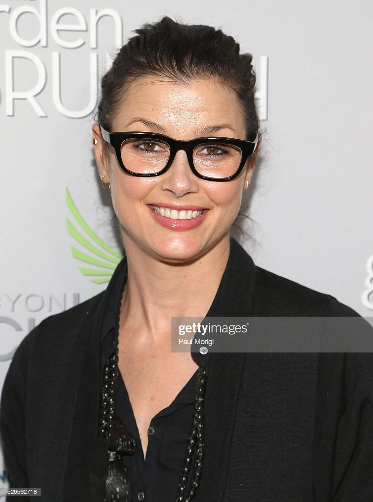 Actress <a gi-track='captionPersonalityLinkClicked' href=/galleries/search?phrase=Bridget+Moynahan&family=editorial&specificpeople=204689 ng-click='$event.stopPropagation()'>Bridget Moynahan</a> attends the Garden Brunch prior to the 102nd White House Correspondents' Association Dinner at the Beall-Washington House on April 30, 2016 in Washington, DC.