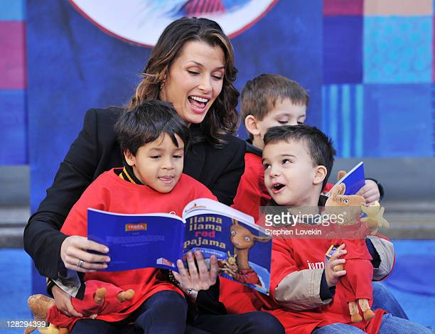 Actress Bridget Moynahan star of 'Blue Bloods' reads to children as part of Jumpstart's Read For The Record at NBC's TODAY Show on October 6 2011 in...
