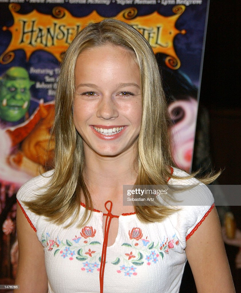 Actress <a gi-track='captionPersonalityLinkClicked' href=/galleries/search?phrase=Brie+Larson&family=editorial&specificpeople=171226 ng-click='$event.stopPropagation()'>Brie Larson</a> arrives at the premiere of the movie 'Hansel & Gretel' on October 14, 2002 in Los Angeles, California.