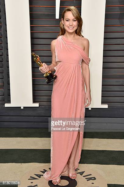 Actress Brie Larson attends the 2016 Vanity Fair Oscar Party Hosted By Graydon Carter at the Wallis Annenberg Center for the Performing Arts on...