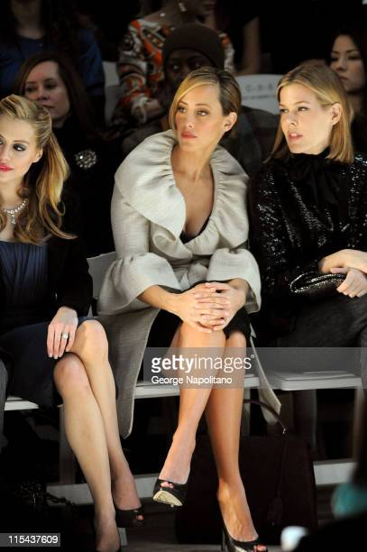 Actress Brittany Murphy actress Kim Raver and Mary Alice Stephenson attend Monique Lhuillier Fall 2008 during MercedesBenz Fashion Week at the...