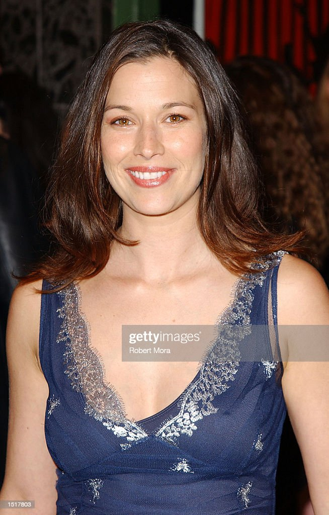Actress Brooke Langton attends the Los Angeles premiere of 'Kiss the Bride' at the Showcase Regent Theatre on October 23, 2002 in Los Angeles, California.