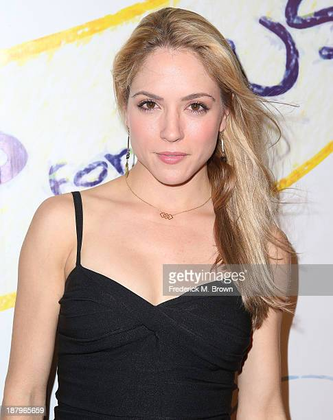 Actress Brooke Nevin attends the 'Stand Up For Gus' Benefit at Bootsy Bellows on November 13 2013 in West Hollywood California