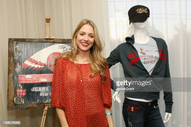 Actress Brooke Nevin poses with Big Chief at Kari Feinstein's Oscars Style Lounge at Mondrian Los Angeles on February 23 2012 in West Hollywood...