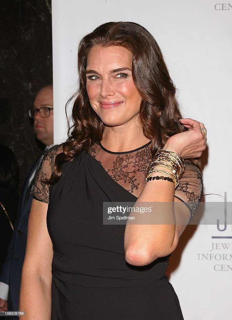 Actress <a gi-track='captionPersonalityLinkClicked' href=/galleries/search?phrase=Brooke+Shields&family=editorial&specificpeople=202197 ng-click='$event.stopPropagation()'>Brooke Shields</a> attend the 11th Annual GEM Awards Gala at Cipriani 42nd Street on January 11, 2013 in New York City.