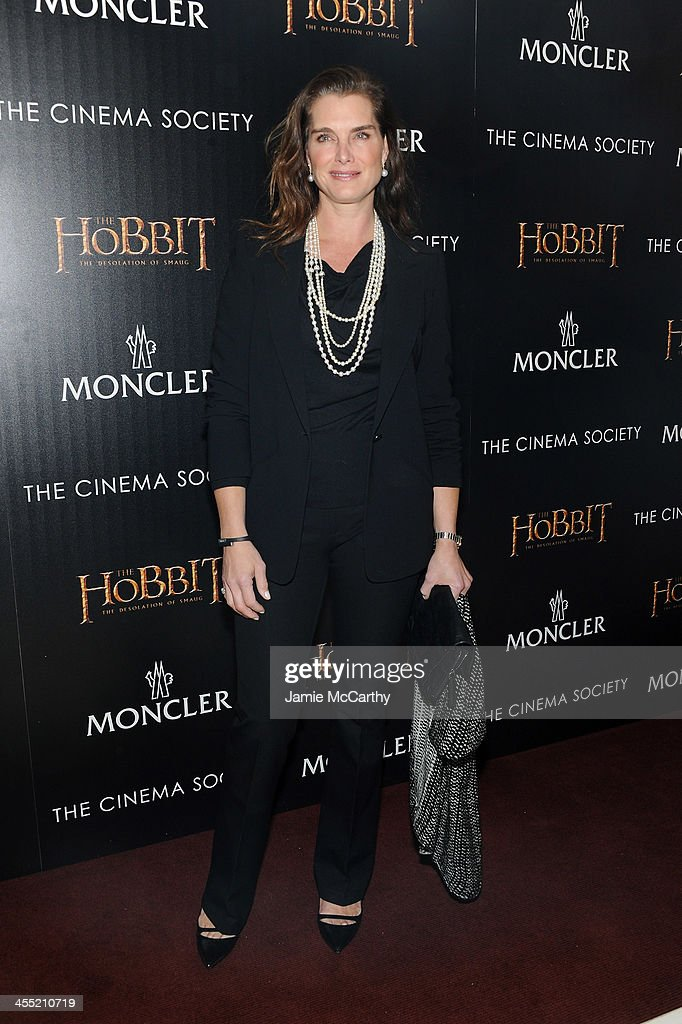 Actress <a gi-track='captionPersonalityLinkClicked' href=/galleries/search?phrase=Brooke+Shields&family=editorial&specificpeople=202197 ng-click='$event.stopPropagation()'>Brooke Shields</a> attends New Line Cinema and MGM Pictures' screening of 'The Hobbit: The Desolation of Smaug' hosted by the Cinema Society and Moncler on December 11, 2013 in New York City.