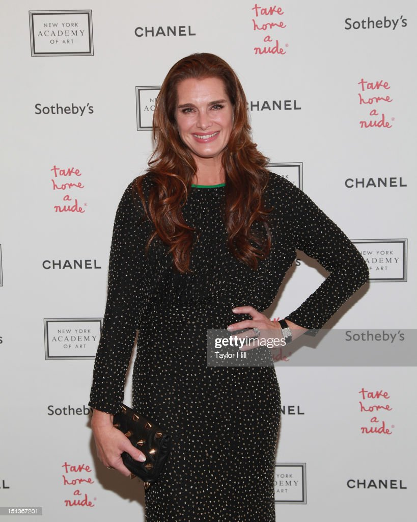 Actress <a gi-track='captionPersonalityLinkClicked' href=/galleries/search?phrase=Brooke+Shields&family=editorial&specificpeople=202197 ng-click='$event.stopPropagation()'>Brooke Shields</a> attends the 2012 Take Home a Nude Benefit Art Auction at Sotheby's on October 18, 2012 in New York City.