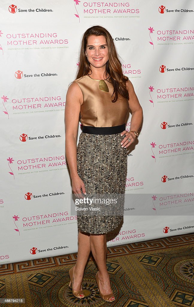 Actress <a gi-track='captionPersonalityLinkClicked' href=/galleries/search?phrase=Brooke+Shields&family=editorial&specificpeople=202197 ng-click='$event.stopPropagation()'>Brooke Shields</a> attends the 2014 Outstanding Mothers Awards at The Pierre Hotel on May 8, 2014 in New York City.