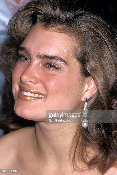 Actress Brooke Shields attends the Second Annual Pepsi Celebrity Ski Invitational and Quebec Winter Carnival Weekend Queen's Ball on February 5 1988...
