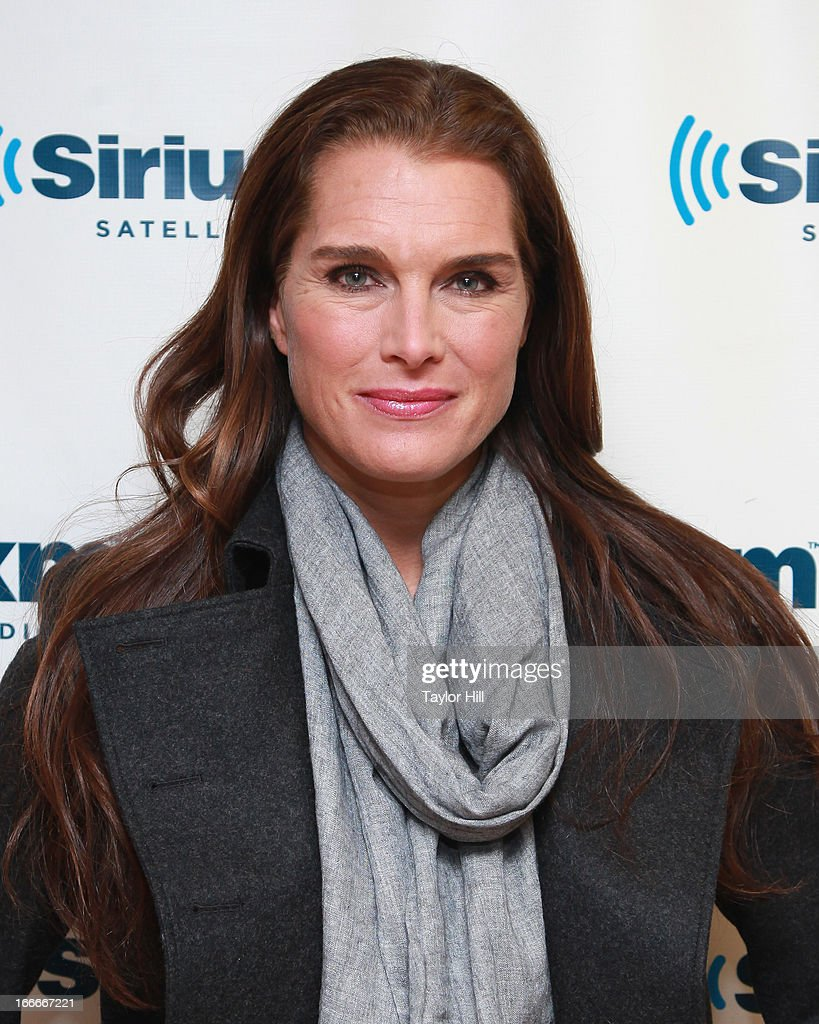 Actress <a gi-track='captionPersonalityLinkClicked' href=/galleries/search?phrase=Brooke+Shields&family=editorial&specificpeople=202197 ng-click='$event.stopPropagation()'>Brooke Shields</a> visits the SiriusXM Studios on April 15, 2013 in New York City.