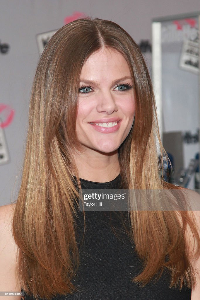 Actress <a gi-track='captionPersonalityLinkClicked' href=/galleries/search?phrase=Brooklyn+Decker&family=editorial&specificpeople=815965 ng-click='$event.stopPropagation()'>Brooklyn Decker</a> attends Gillette's Largest Shave & Kiss Valentine's Day Event at The Shops at Columbus Circle on February 14, 2013 in New York City.