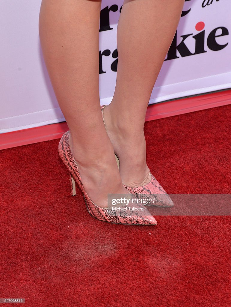 Actress <a gi-track='captionPersonalityLinkClicked' href=/galleries/search?phrase=Brooklyn+Decker&family=editorial&specificpeople=815965 ng-click='$event.stopPropagation()'>Brooklyn Decker</a>, shoe detail, attends the premiere of Season 2 of the Netflix Original Series 'Grace & Frankie' at Harmony Gold on May 1, 2016 in Los Angeles, California.