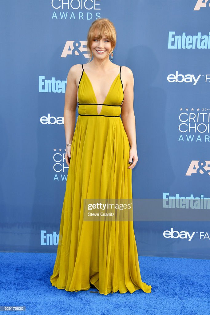 actress-bryce-dallas-howard-attends-the-22nd-annual-critics-choice-picture-id629176830