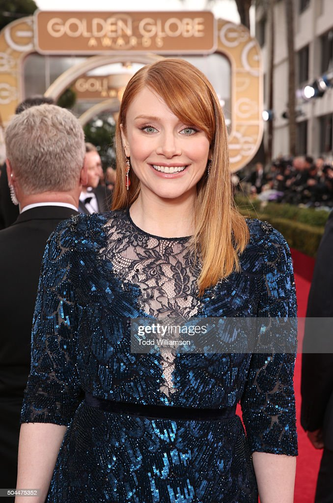 Actress Bryce Dallas Howard attends the 73rd Annual Golden Globe Awards held at the Beverly Hilton Hotel on January 10, 2016 in Beverly Hills, California.