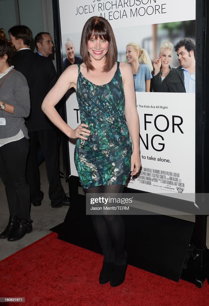 Actress <a gi-track='captionPersonalityLinkClicked' href=/galleries/search?phrase=Bryce+Dallas+Howard&family=editorial&specificpeople=156411 ng-click='$event.stopPropagation()'>Bryce Dallas Howard</a> attends the premiere of Roadside Attractions' 'Thanks For Sharing' at ArcLight Cinemas on September 16, 2013 in Hollywood, California.