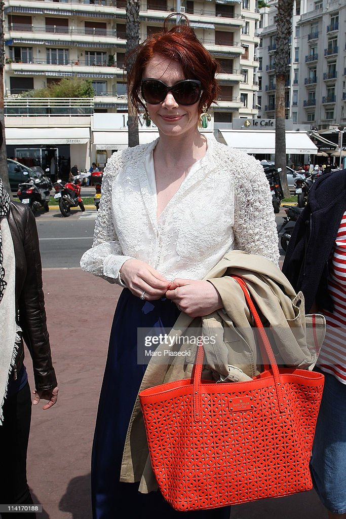 Actress <a gi-track='captionPersonalityLinkClicked' href=/galleries/search?phrase=Bryce+Dallas+Howard&family=editorial&specificpeople=156411 ng-click='$event.stopPropagation()'>Bryce Dallas Howard</a> sighted on 'La Croisette' on May 13, 2011 in Cannes, France.