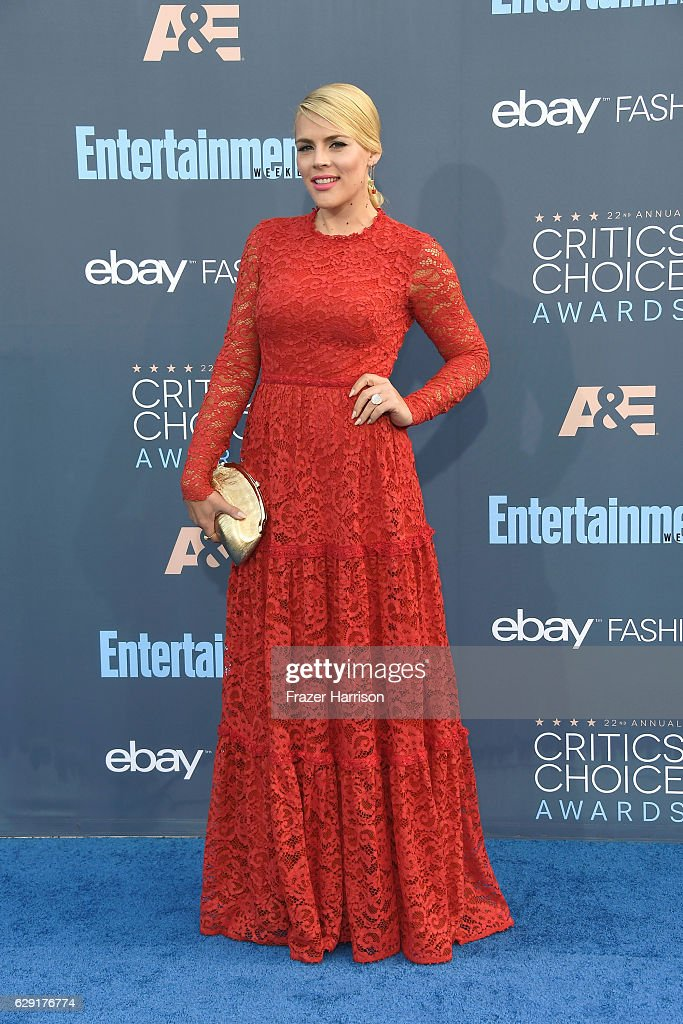actress-busy-philipps-attends-the-22nd-annual-critics-choice-awards-picture-id629176774