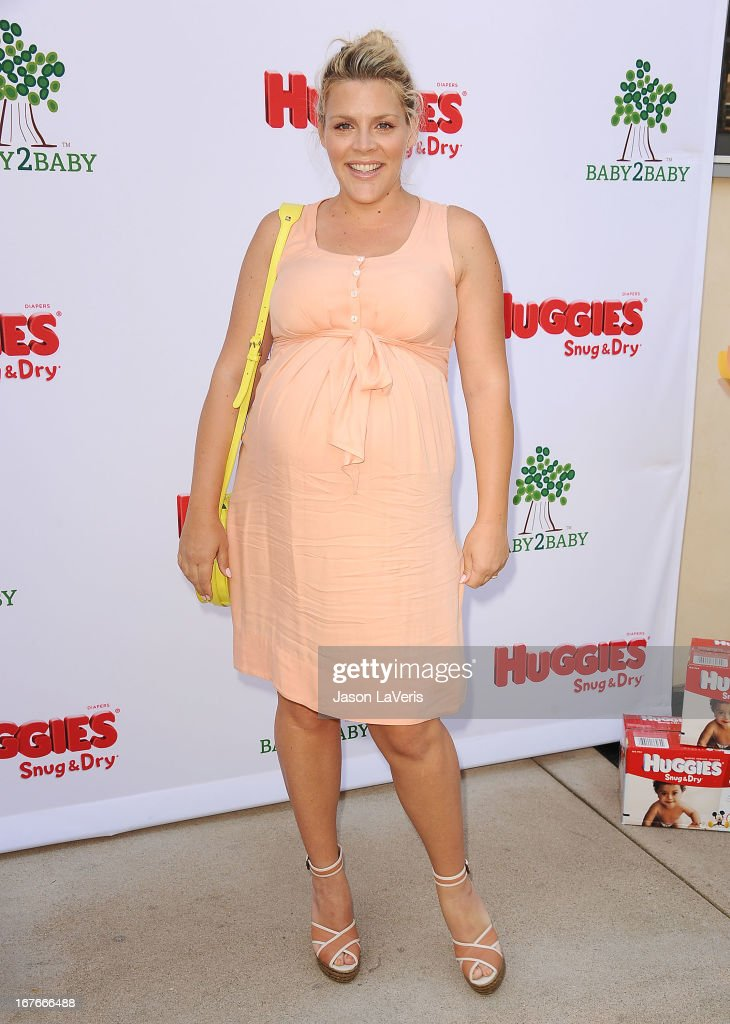 Actress <a gi-track='captionPersonalityLinkClicked' href=/galleries/search?phrase=Busy+Philipps&family=editorial&specificpeople=216133 ng-click='$event.stopPropagation()'>Busy Philipps</a> attends the Baby2Baby Mother's Day garden party on April 27, 2013 in Los Angeles, California.
