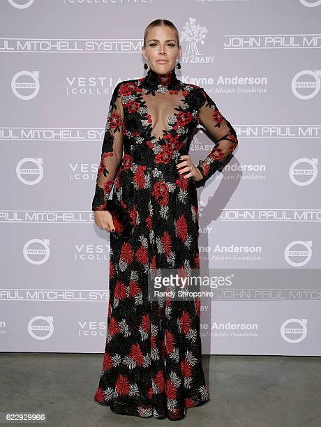 Actress Busy Philipps attends the Fifth Annual Baby2Baby Gala Presented By John Paul Mitchell Systems at 3LABS on November 12 2016 in Culver City...