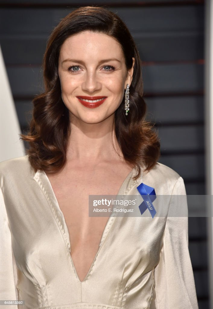 Actress Caitriona Balfe attends the 2017 Vanity Fair Oscar Party hosted by Graydon Carter at Wallis Annenberg Center for the Performing Arts on February 26, 2017 in Beverly Hills, California.
