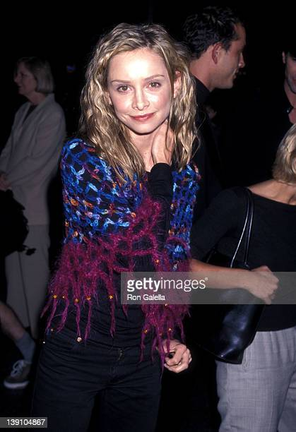 Actress Calista Flockhart attends the 'American Beauty' Hollywood Premiere on September 8 1999 at Egyptian Theatre in Hollywood California
