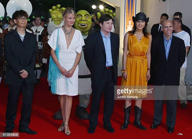 Actress Cameron Diaz actor Mike Myers Japanese actress Norika Fujiwara and executive producer Jeffery Katzenberg gather to promote 'Shrek 2' on July...