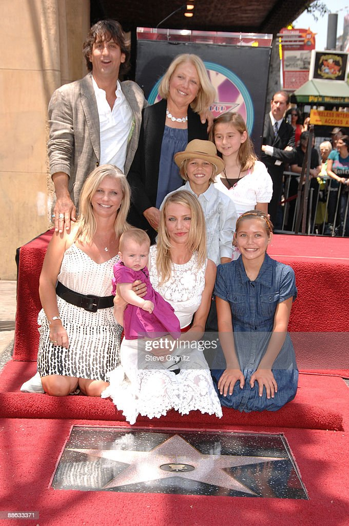 Actress Cameron Diaz and family attend the ceremony honoring her with a star on The Hollywood Walk of Fame on June 22, 2009 in Hollywood, California.