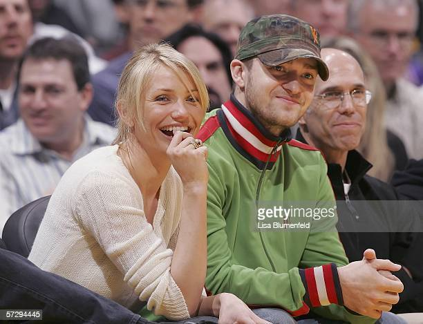 Actress Cameron Diaz and singer Justin Timberlake watch the Los Angeles Clippers take on the Los Angeles Lakers on April 9 2006 at Staples Center in...