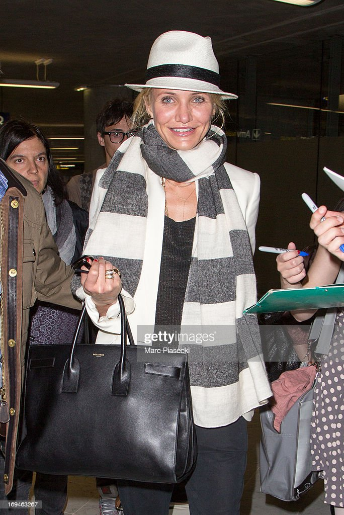 Actress <a gi-track='captionPersonalityLinkClicked' href=/galleries/search?phrase=Cameron+Diaz&family=editorial&specificpeople=201892 ng-click='$event.stopPropagation()'>Cameron Diaz</a> arrives at Nice airport during the 66th Annual Cannes Film Festival on May 25, 2013 in Nice, France.