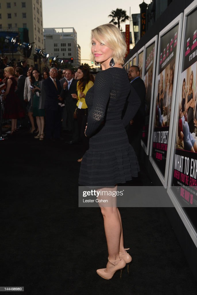 Actress <a gi-track='captionPersonalityLinkClicked' href=/galleries/search?phrase=Cameron+Diaz&family=editorial&specificpeople=201892 ng-click='$event.stopPropagation()'>Cameron Diaz</a> arrives at the Los Angeles premiere of 'What To Expect When You're Expecting' at Grauman's Chinese Theatre on May 14, 2012 in Hollywood, California.