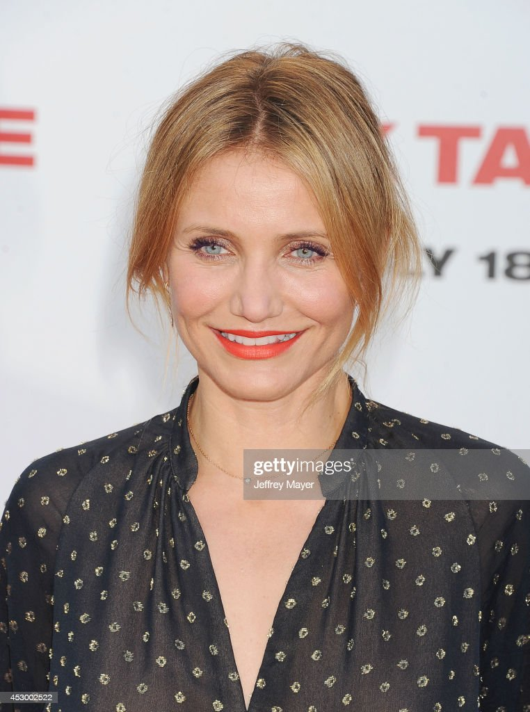 Actress <a gi-track='captionPersonalityLinkClicked' href=/galleries/search?phrase=Cameron+Diaz&family=editorial&specificpeople=201892 ng-click='$event.stopPropagation()'>Cameron Diaz</a> arrives at the 'Sex Tape' Los Angeles Premiere at Regency Village Theatre on July 10, 2014 in Westwood, California.