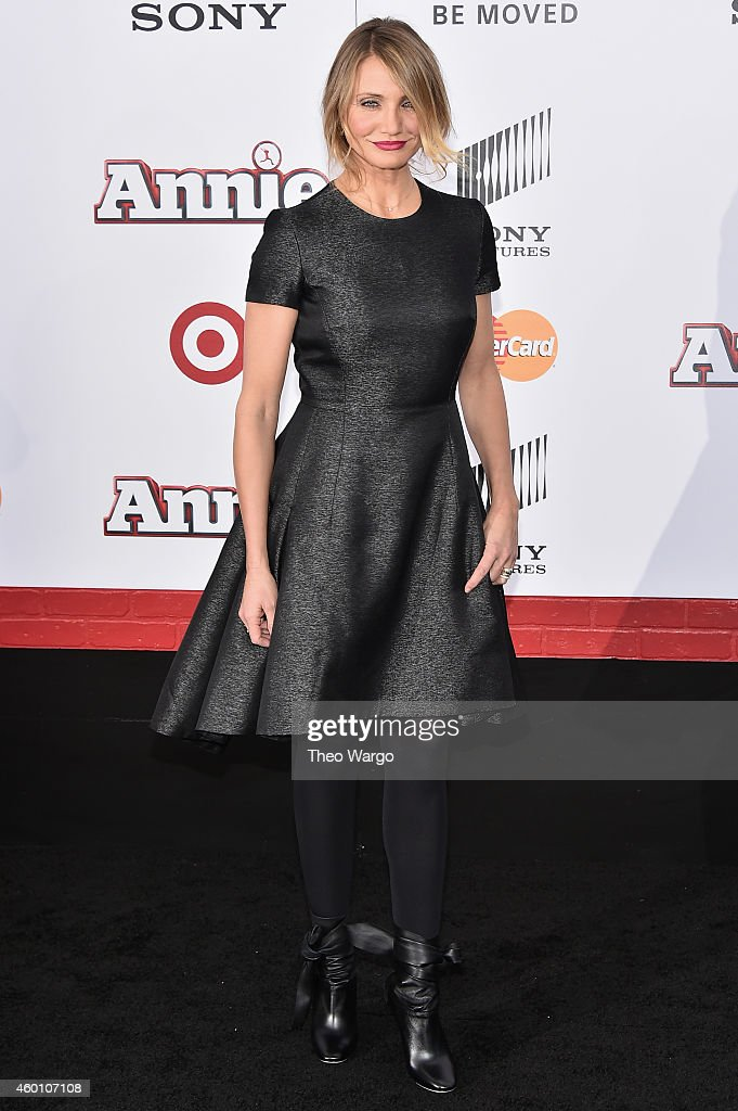 Actress <a gi-track='captionPersonalityLinkClicked' href=/galleries/search?phrase=Cameron+Diaz&family=editorial&specificpeople=201892 ng-click='$event.stopPropagation()'>Cameron Diaz</a> attends the 'Annie' World Premiere at Ziegfeld Theater on December 7, 2014 in New York City.