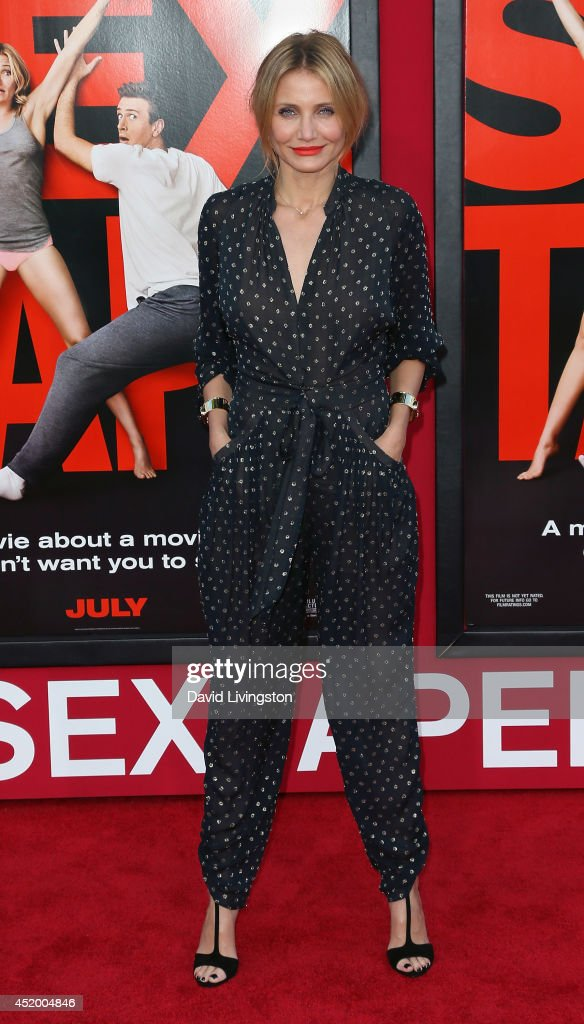 Actress <a gi-track='captionPersonalityLinkClicked' href=/galleries/search?phrase=Cameron+Diaz&family=editorial&specificpeople=201892 ng-click='$event.stopPropagation()'>Cameron Diaz</a> attends the premiere of Columbia Pictures' 'Sex Tape' at the Regency Village Theatre on July 10, 2014 in Westwood, California.