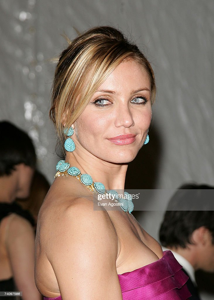 Actress <a gi-track='captionPersonalityLinkClicked' href=/galleries/search?phrase=Cameron+Diaz&family=editorial&specificpeople=201892 ng-click='$event.stopPropagation()'>Cameron Diaz</a> leaving The Metropolitan Museum of Art's Costume Institute Gala May 07, 2007 in New York City.