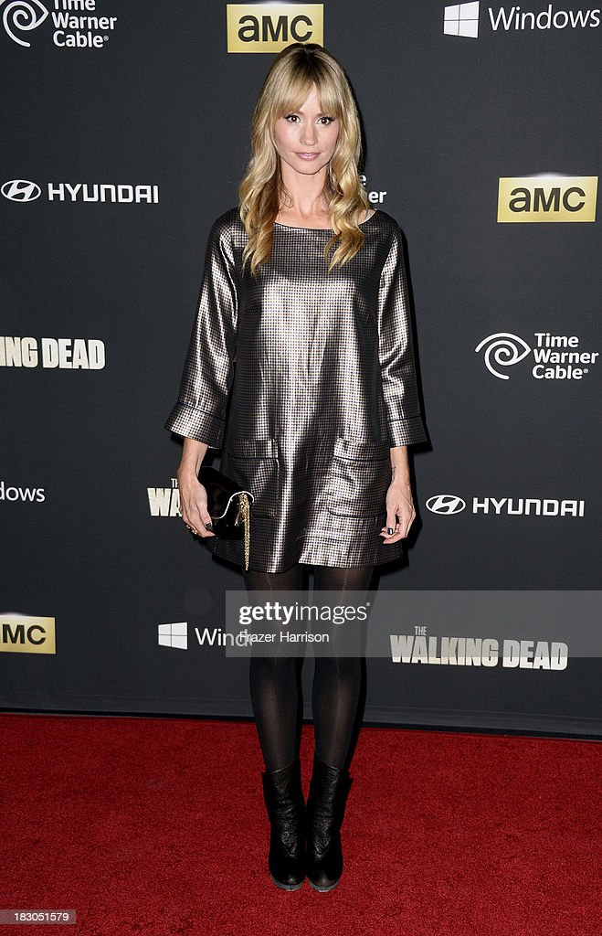 Actress <a gi-track='captionPersonalityLinkClicked' href=/galleries/search?phrase=Cameron+Richardson&family=editorial&specificpeople=599339 ng-click='$event.stopPropagation()'>Cameron Richardson</a> arrives at the premiere of AMC's 'The Walking Dead' 4th season at Universal CityWalk on October 3, 2013 in Universal City, California.