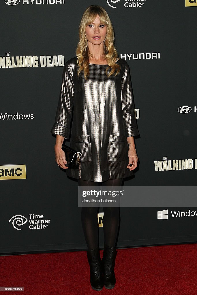 Actress <a gi-track='captionPersonalityLinkClicked' href=/galleries/search?phrase=Cameron+Richardson&family=editorial&specificpeople=599339 ng-click='$event.stopPropagation()'>Cameron Richardson</a> attends the AMC's 'The Walking Dead' - Season 4 Premiere Party at AMC Universal City Walk on October 3, 2013 in Universal City, California.