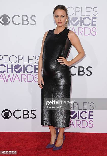 Actress Camilla Luddington arrives at the People's Choice Awards 2017 at Microsoft Theater on January 18 2017 in Los Angeles California