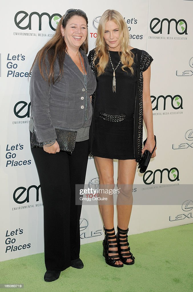 Actress <a gi-track='captionPersonalityLinkClicked' href=/galleries/search?phrase=Camryn+Manheim&family=editorial&specificpeople=204200 ng-click='$event.stopPropagation()'>Camryn Manheim</a> and <a gi-track='captionPersonalityLinkClicked' href=/galleries/search?phrase=Daryl+Hannah&family=editorial&specificpeople=201860 ng-click='$event.stopPropagation()'>Daryl Hannah</a> arrive at the 2013 Environmental Media Awards at Warner Bros. Studios on October 19, 2013 in Burbank, California.