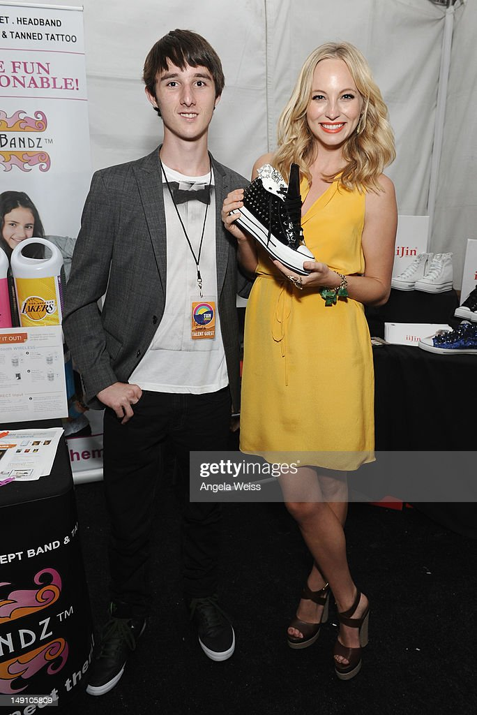 Actress Candice Accola (R) attends day 2 of Backstage Creations Celebrity Retreat at Teen Choice 2012 at Gibson Amphitheatre on July 22, 2012 in Universal City, California.