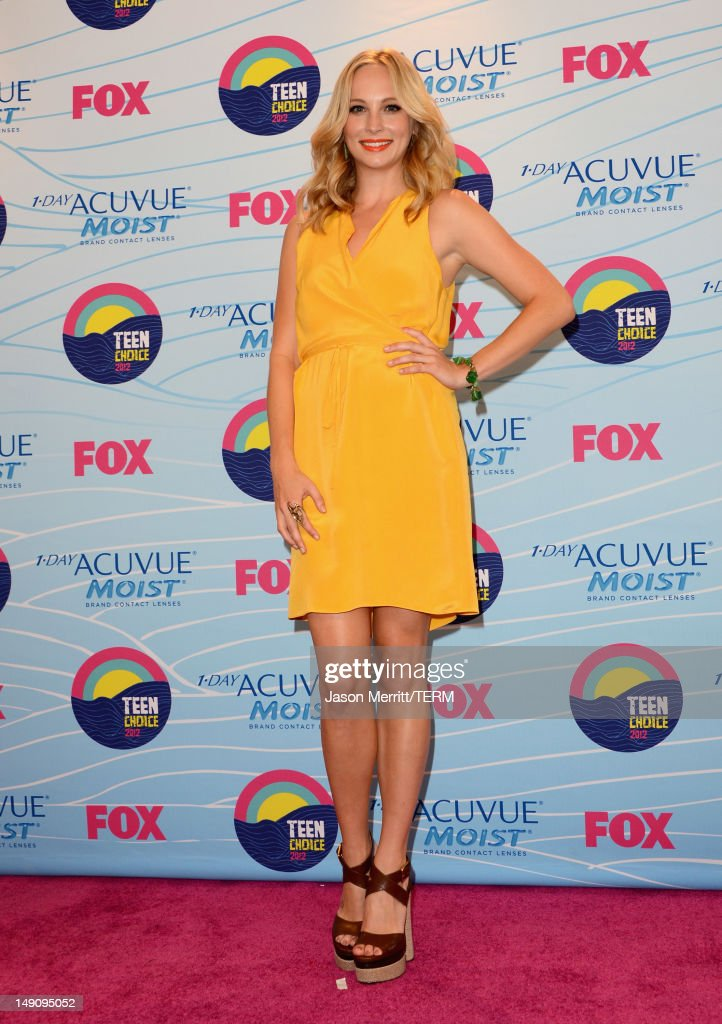 Actress Candice Accola, winner of Choice Fantasy/Sci-Fi Show award, poses in the press room during the 2012 Teen Choice Awards at Gibson Amphitheatre on July 22, 2012 in Universal City, California.