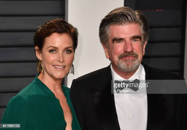 Actress Carey Lowell and actor Treat Williams attend the 2017 Vanity Fair Oscar Party hosted by Graydon Carter at the Wallis Annenberg Center for the...