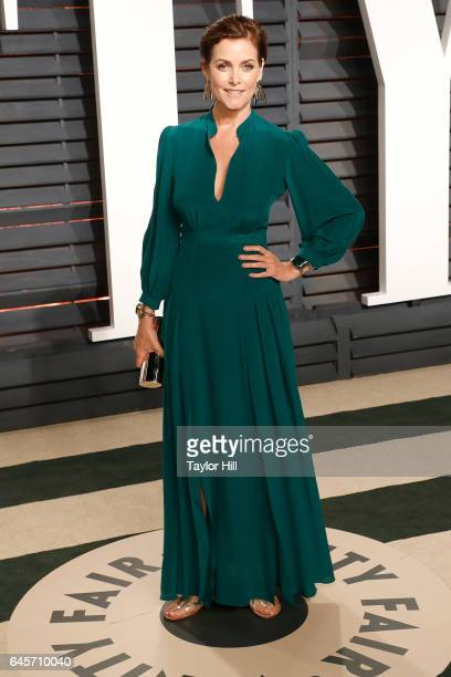 Actress Carey Lowell attends 2017 Vanity Fair Oscar Party Hosted By Graydon Carter at Wallis Annenberg Center for the Performing Arts on February 26...